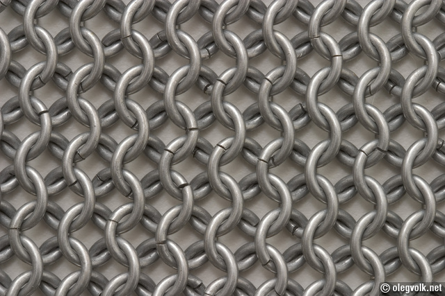 Butted chain mail links.