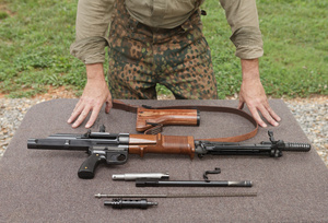 FG42_fieldstripped_6318