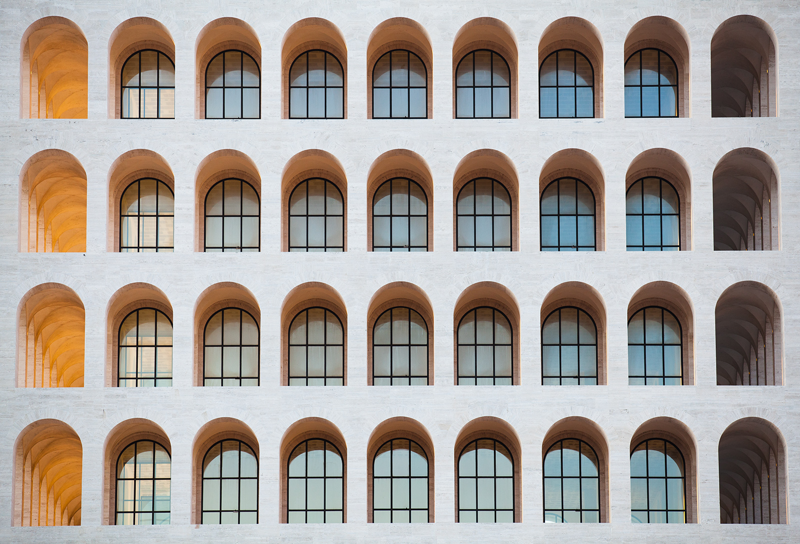 roman_windows_8756web