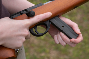 armscor22rifle_loading_DSC6517web